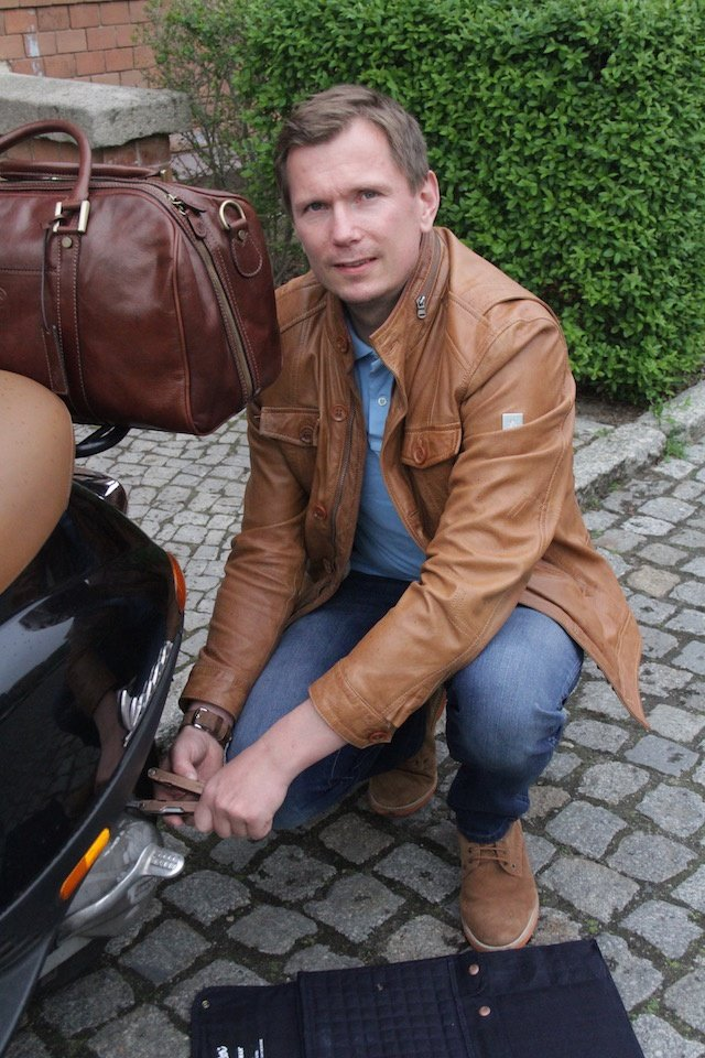 wrangler-leatherman-maxwell-scott-bags-outfit-7