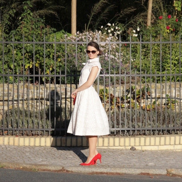 Dress_Outfit_Kleid_IsabelGarcia_Sommerlook_LenaHoschek_Inspiration_white_010