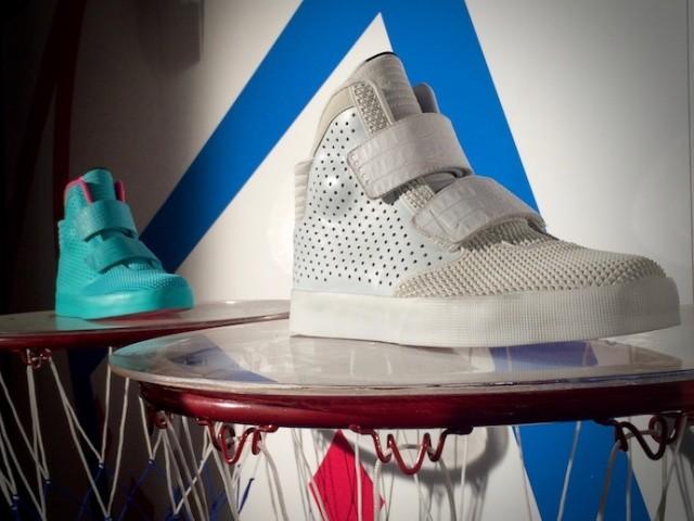 ItmustbeFebruary_footLocker_sneaker_releases_013
