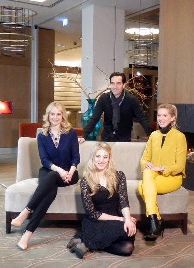 Promi-Shopping-Queen-Thomas-Held-Silvia-Schneider-Larissa-Marolt-Maja-von-Hohenzollern