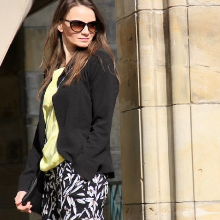 Look_casual_Office_Outfit_Blazer_Pint_Hose_Fruehling_012