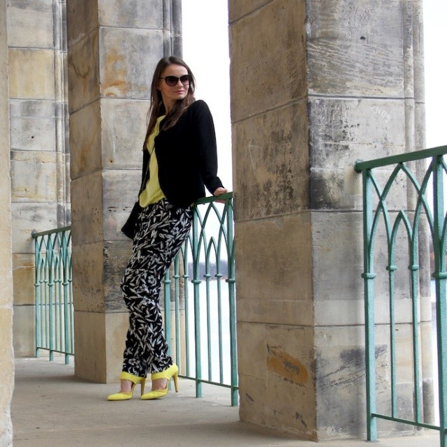 Look_casual_Outfitdetail_Blazer_Sonnenbrille_TomFord_Wittweiden_Inspiration_02