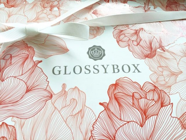 Glossybox_Muttertag_Mai2016_Beautybox_specialedition