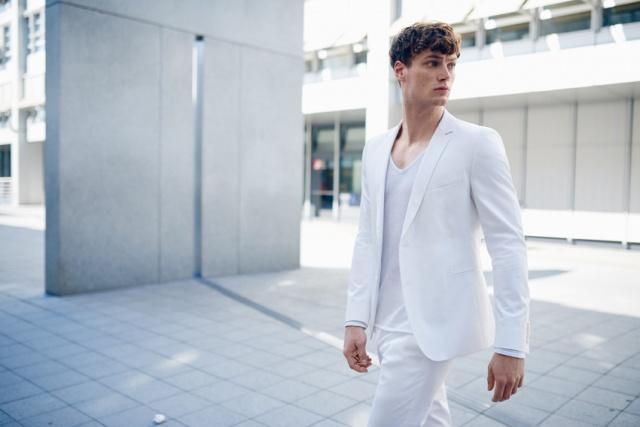 Strellson-Sommerkollektion-Anzug-Weiss