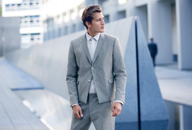 Strellson-Sommerkollektion-Anzug-grau.jpg