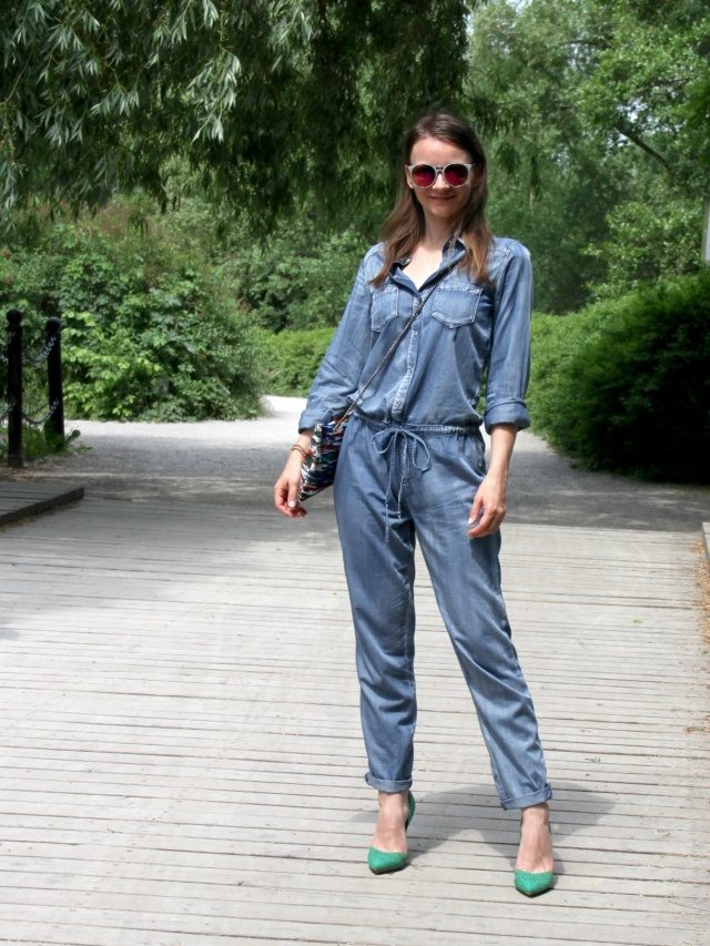 Jumpsuit_Overall_outfit_Inspiration_Denim_Look_Sommer_casual_pumps_justfab_016