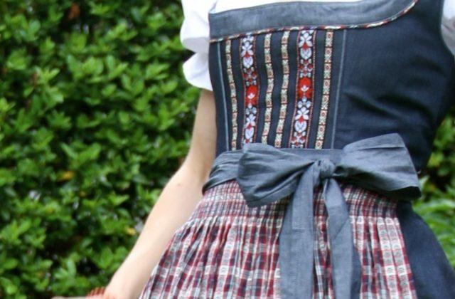 dirndl_trend_tracht_denim_-modern_midi_oktoberfest_outfit_inspiration_02